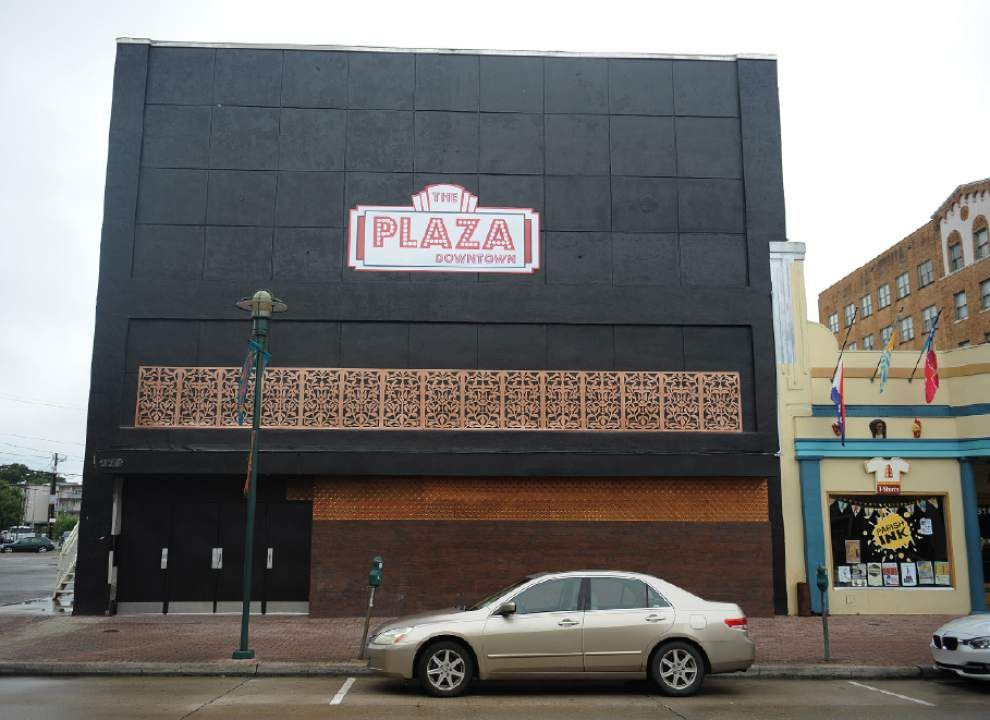 Lafayette's largest downtown bar told it can no longer operate as bar; manager uncertain of next step but says he's not walking away from the business _lowres