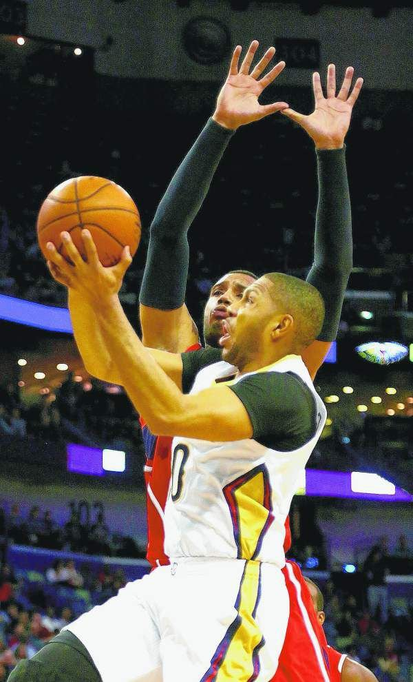 Lewis: Pelicans finally give New Orleans a win over Atlanta _lowres