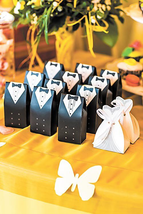 Average Cash Gift For Wedding: Personalized Wedding Guest Gifts Do's And Don'ts