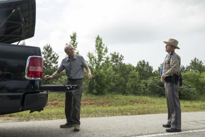 ผลการค้นหารูปภาพสำหรับ mule film scenes POLICE