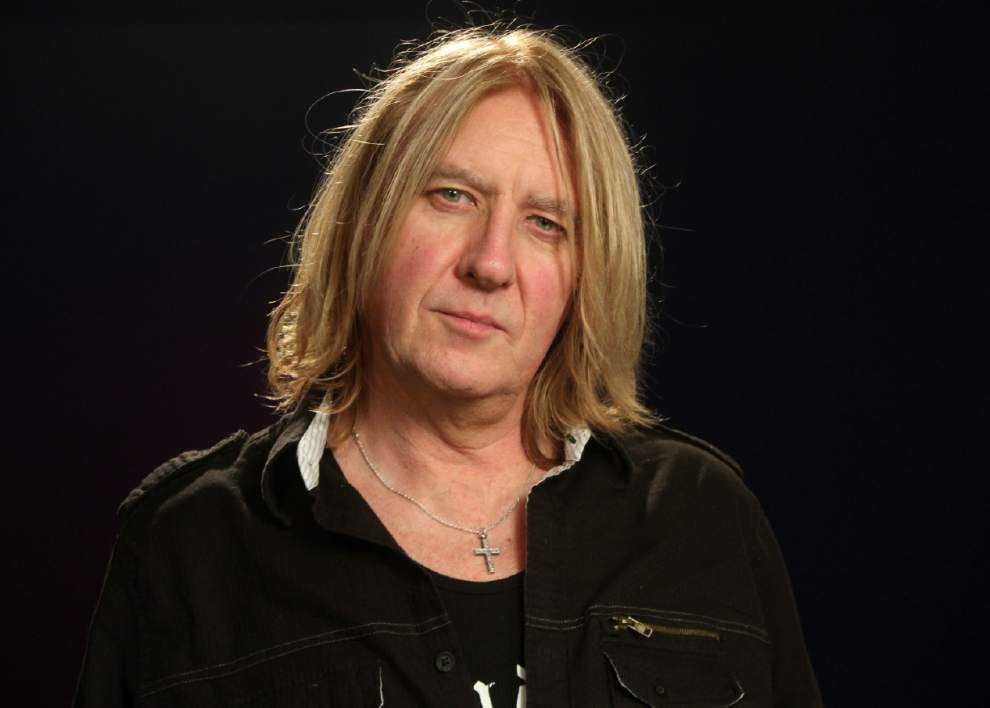 Age doesn't matter anymore, Def Leppard frontman says _lowres