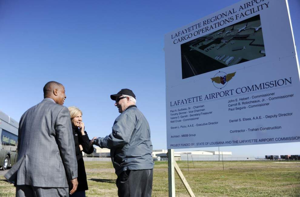 Lafayette Regional Airport breaks ground on $5.1 million cargo facility _lowres