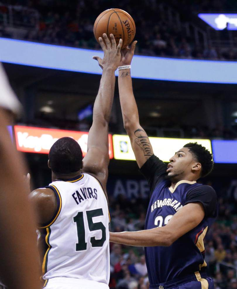 Pelicans rally in fourth quarter to beat Jazz _lowres