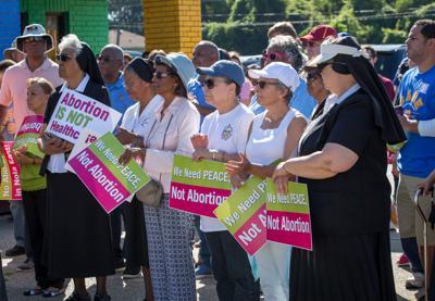 no.abortionprotest005.101418 (copy)