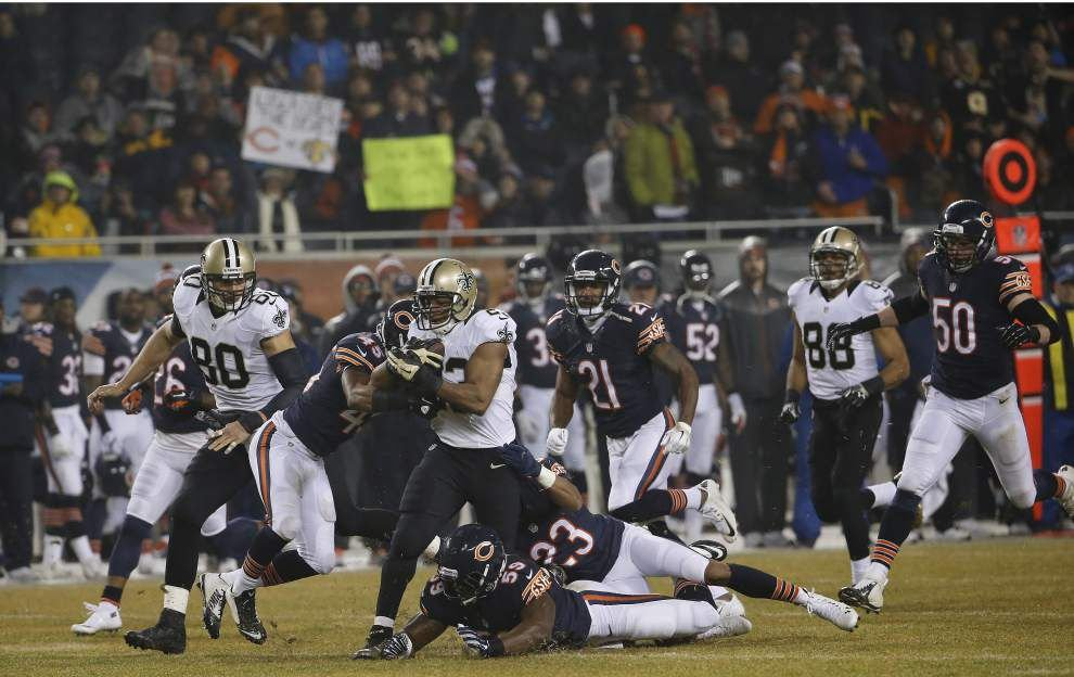 Saints place running back Pierre Thomas, defensive lineman Akiem Hicks on injured reserve, promote two from practice squad _lowres