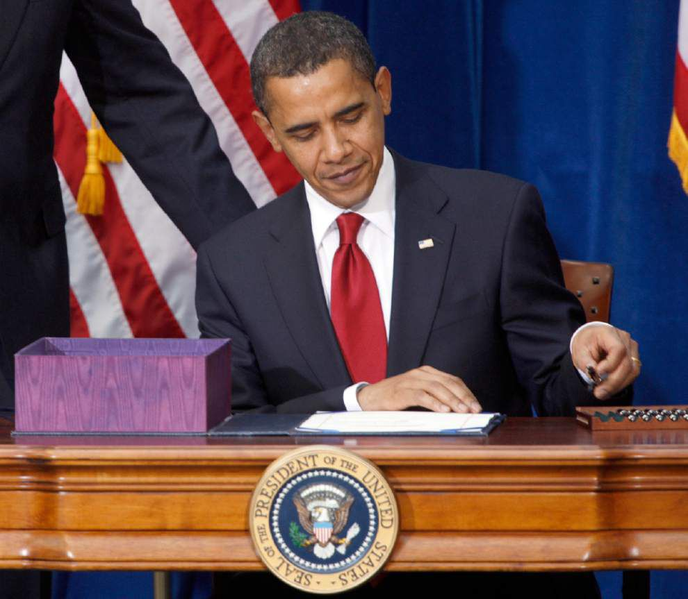 Obama, fellow Dems are at odds on big trade bills _lowres