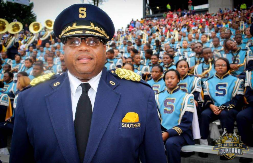 He didn't want to be the 'Voice,' but key member of Human Jukebox now relishes role _lowres