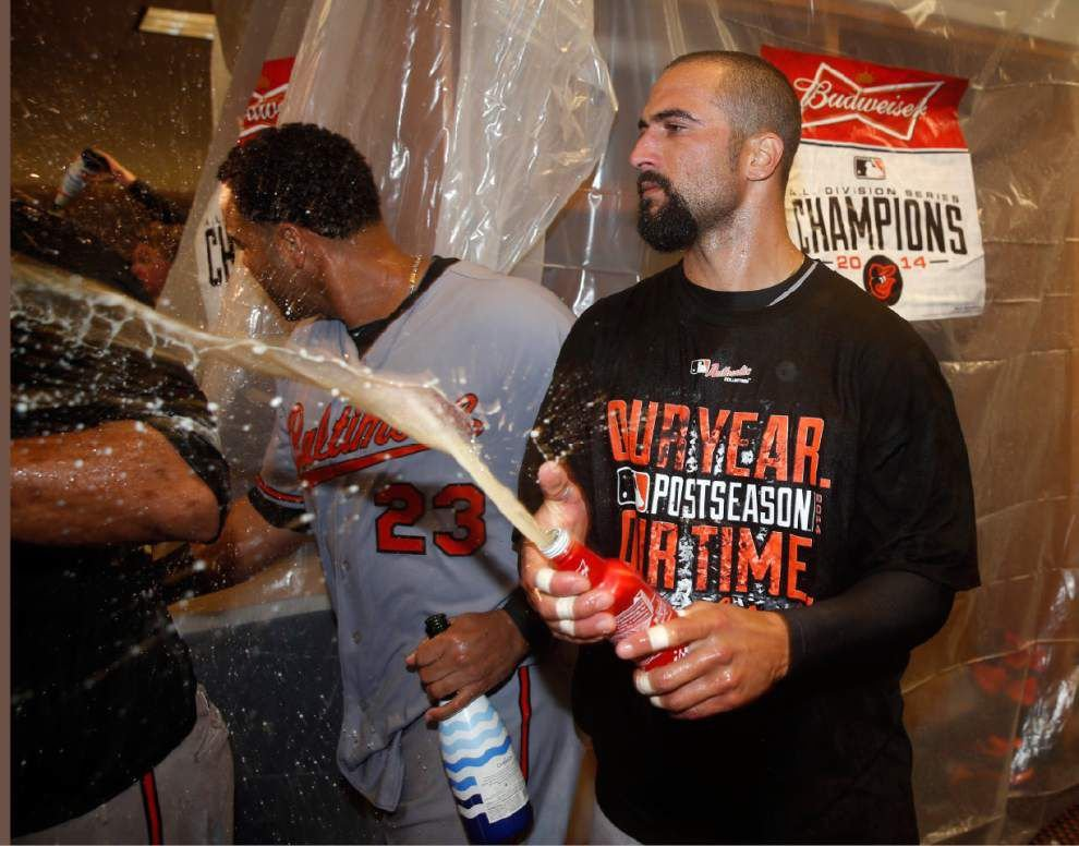 Hard-hitting Cruz carries O's to ALCS _lowres