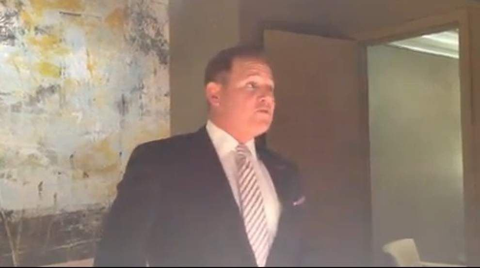 Video: LSU coach Les Miles ponders balances playing value and education _lowres