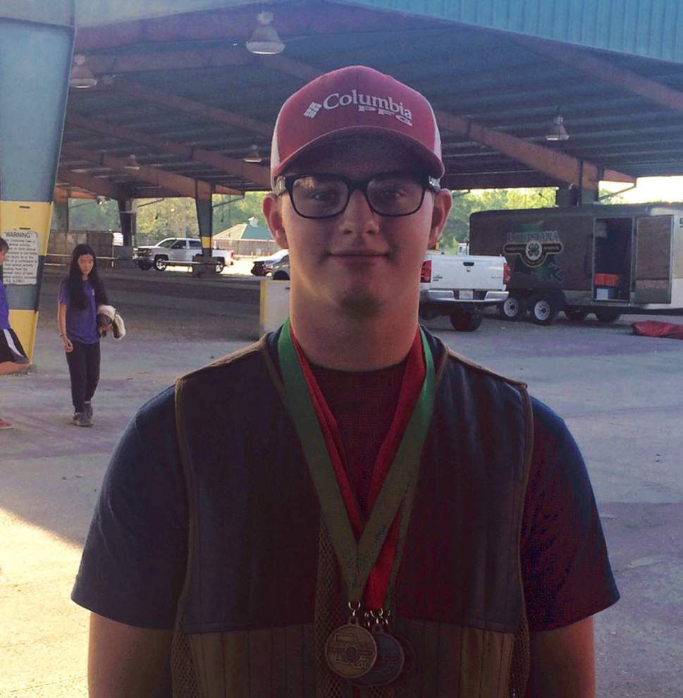 4-H club competes in shooting regionals _lowres