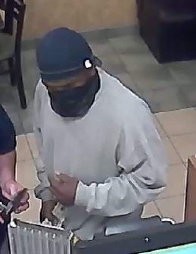Sheriff's Office releases photos of Airline Highway Subway robber _lowres