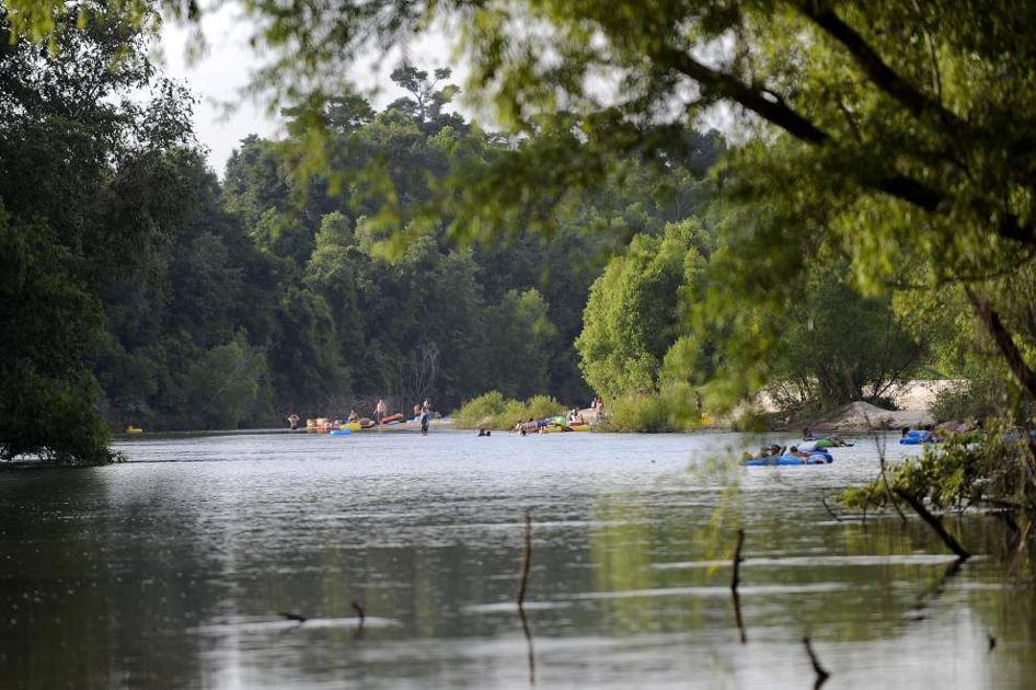 1 dead following tiki tubing accident in Livingston Parish, officials say