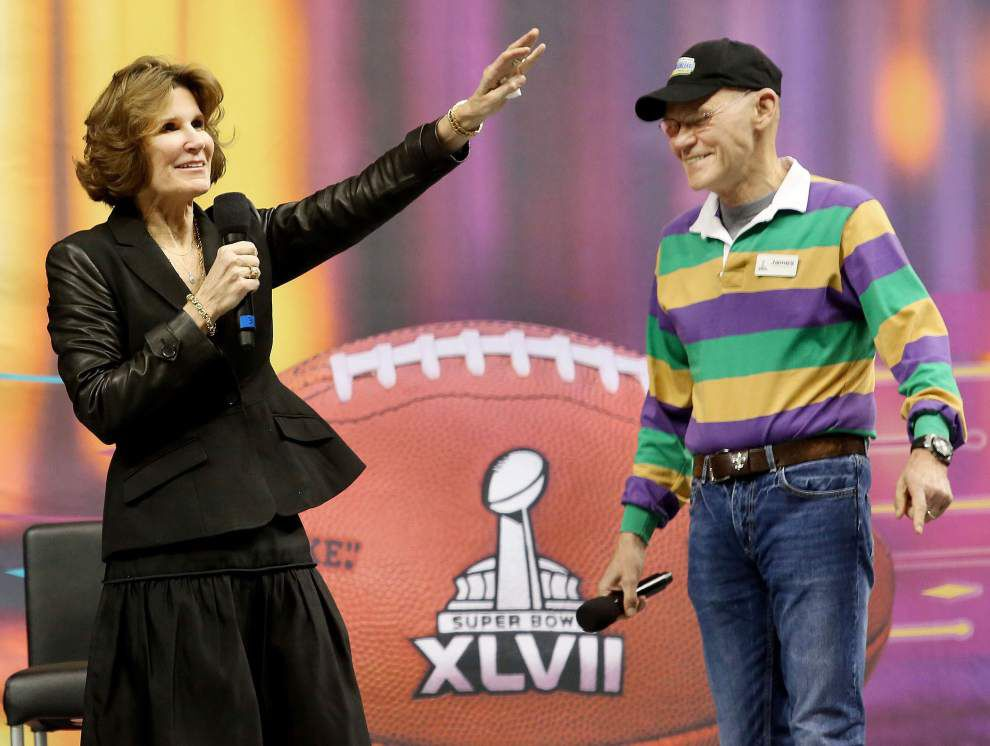 Super Bowl XLVII volunteers rally at Dome _lowres