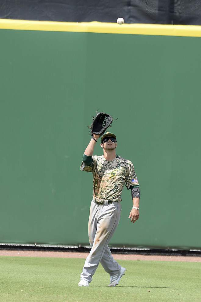 Southeastern baseball team erupts early, drops Southern 11-3 _lowres