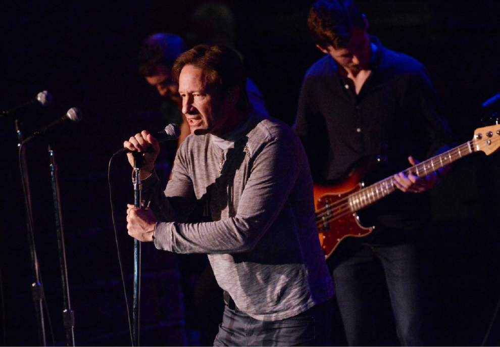 Duchovny cuts new record, tears up about 'X-Files' _lowres