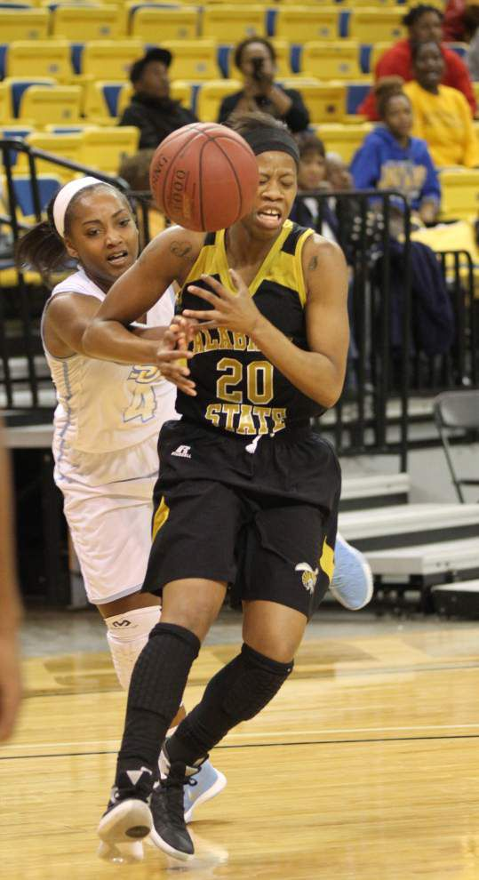 Alabama State outlasts Southern women 60-59 in overtime _lowres