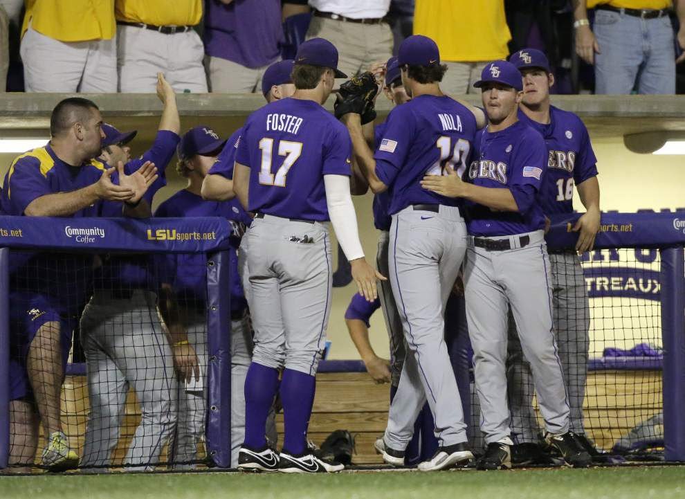 LSU baseball postgame: Tigers defeat Houston 5-1 in Baton Rouge regional _lowres
