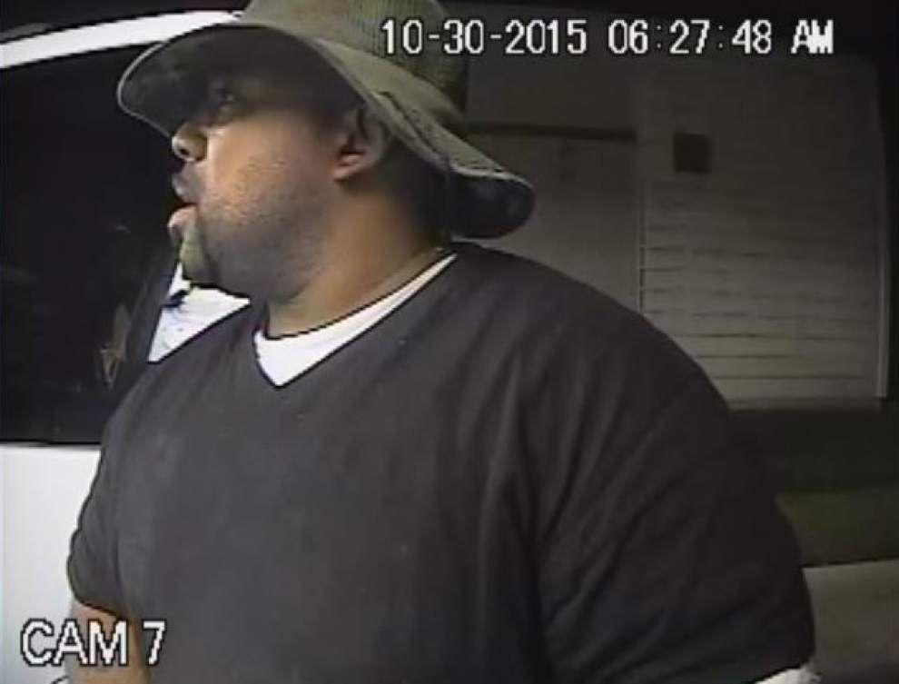Lafayette police seek public's help in identifying car wash thief _lowres