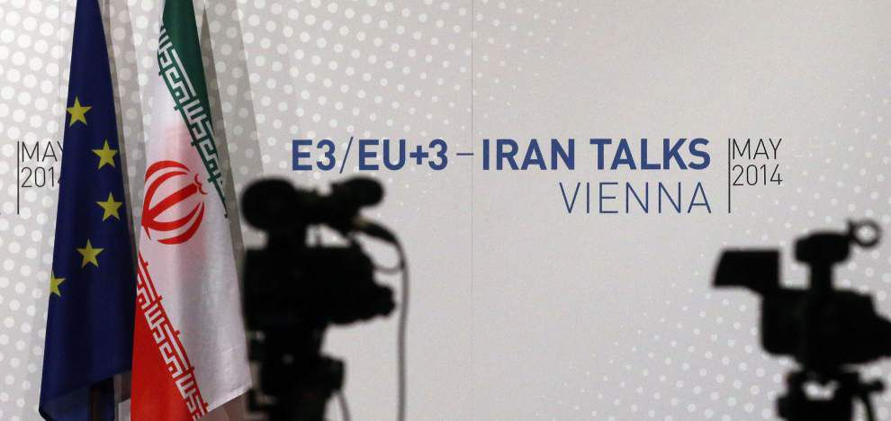 Iran: Nuclear talks advance 'with difficulty' _lowres
