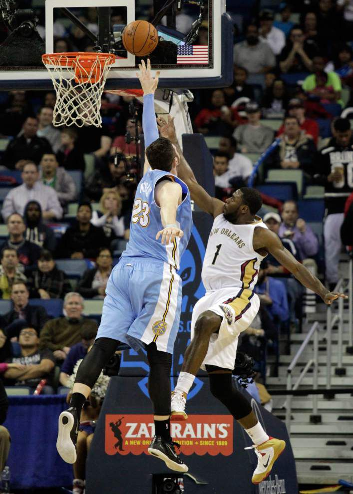 Nuggets halt Pelicans' win streak _lowres