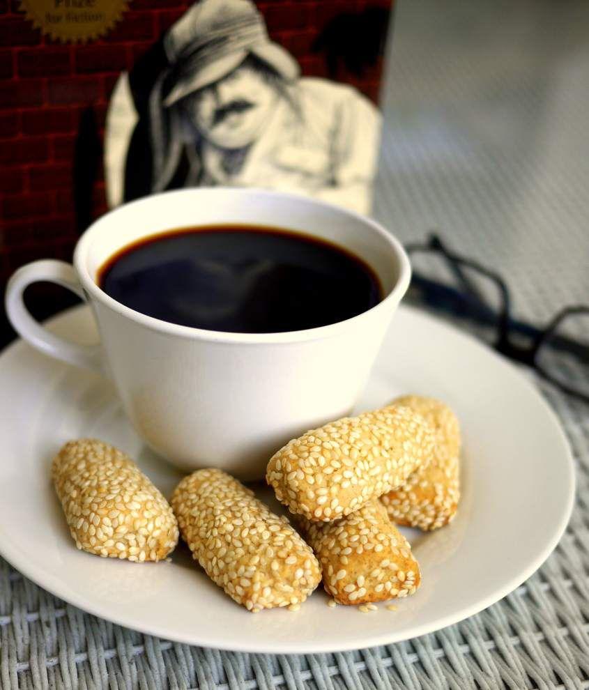 "Giugiuleni (""joo-joo-lay-knee,"" Italian Sesame Seed Cookies) _lowres"