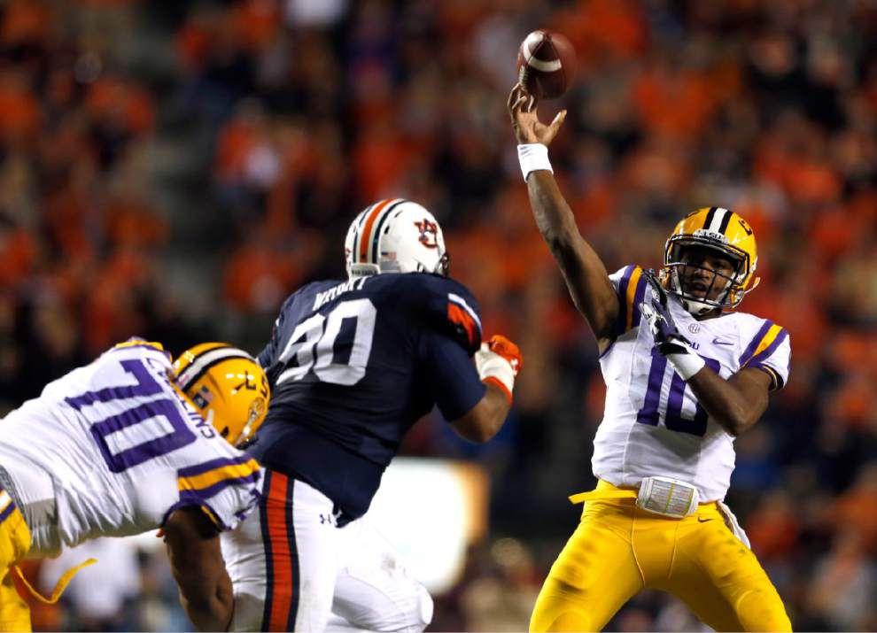 After Brandon Harris' struggles at Auburn, LSU's quarterback concerns come charging back _lowres