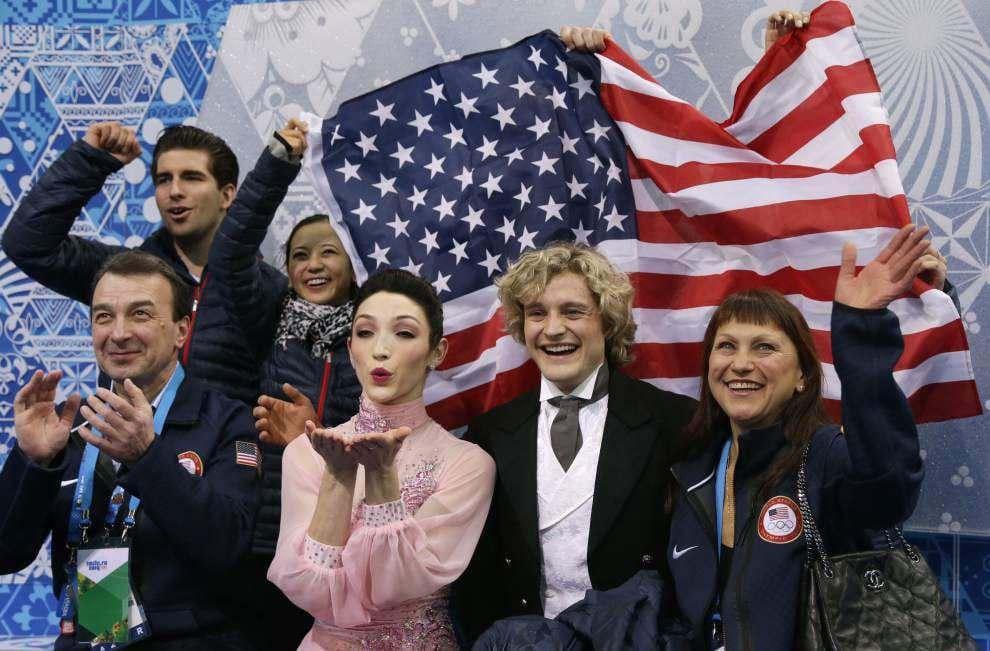 World champs Meryl Davis, Charlie White win team short dance for U.S. _lowres