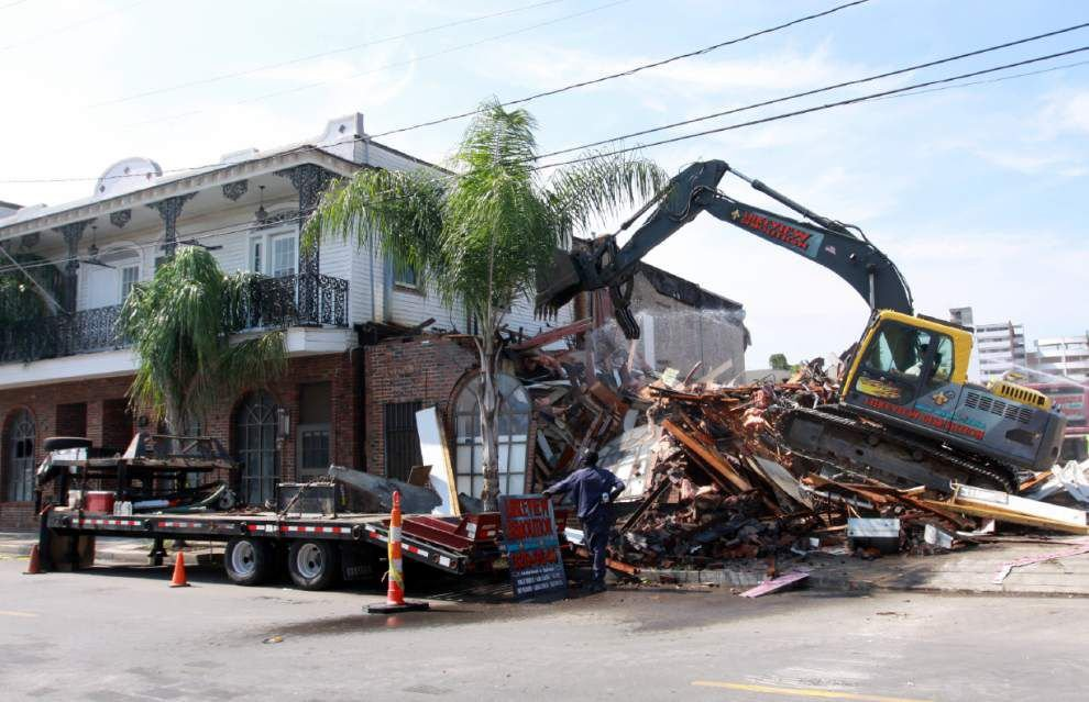 Former Frank's Steakhouse on Freret torn down to make way for development _lowres