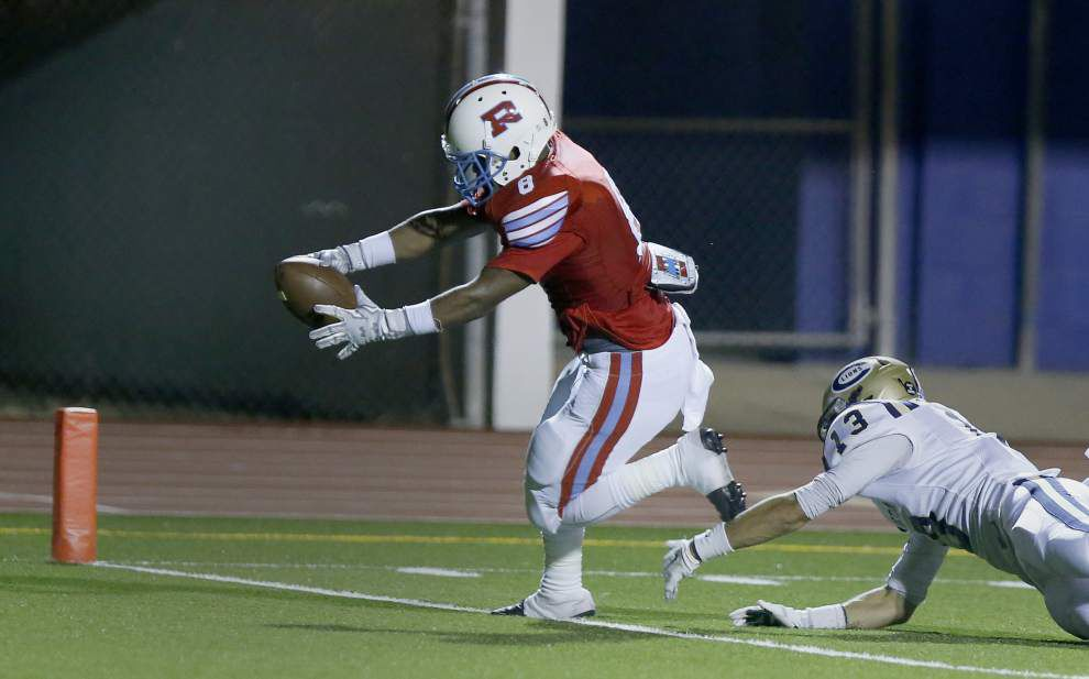 Rummel displays aerial game in 48-0 win over Covington _lowres