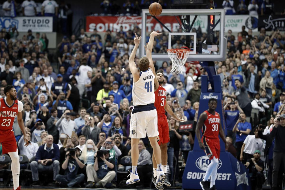 APTOPIX Pelicans Mavericks Nowitzki Basketball