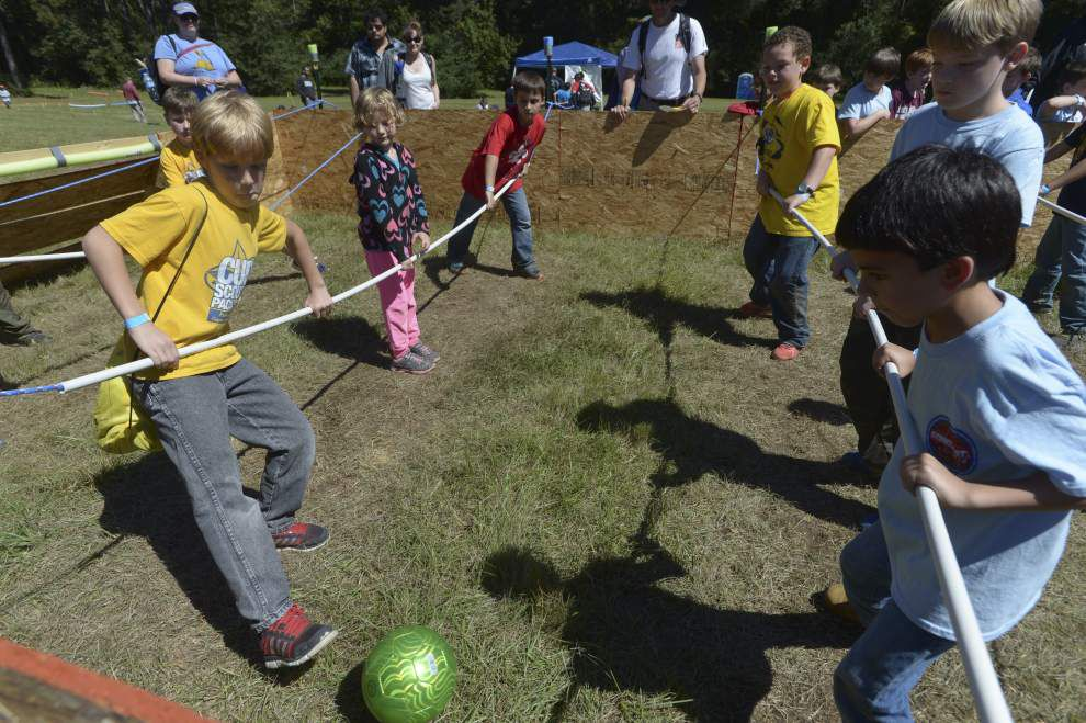 Scouts crowd Camp Avondale for ScoutFest 2014 _lowres