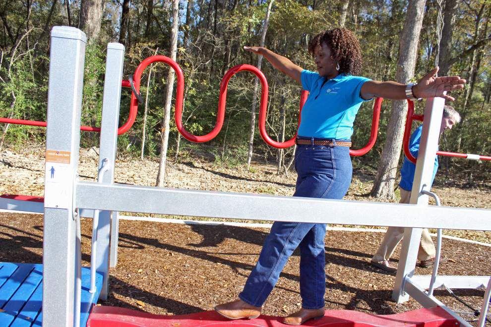 Playground fun for senior community _lowres