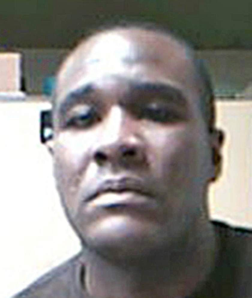 Opelousas man wanted in murder turns self in _lowres