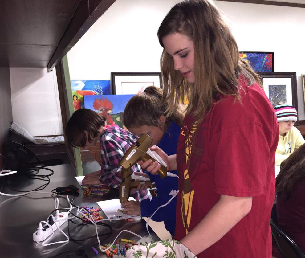 Making art at the West Feliciana library _lowres