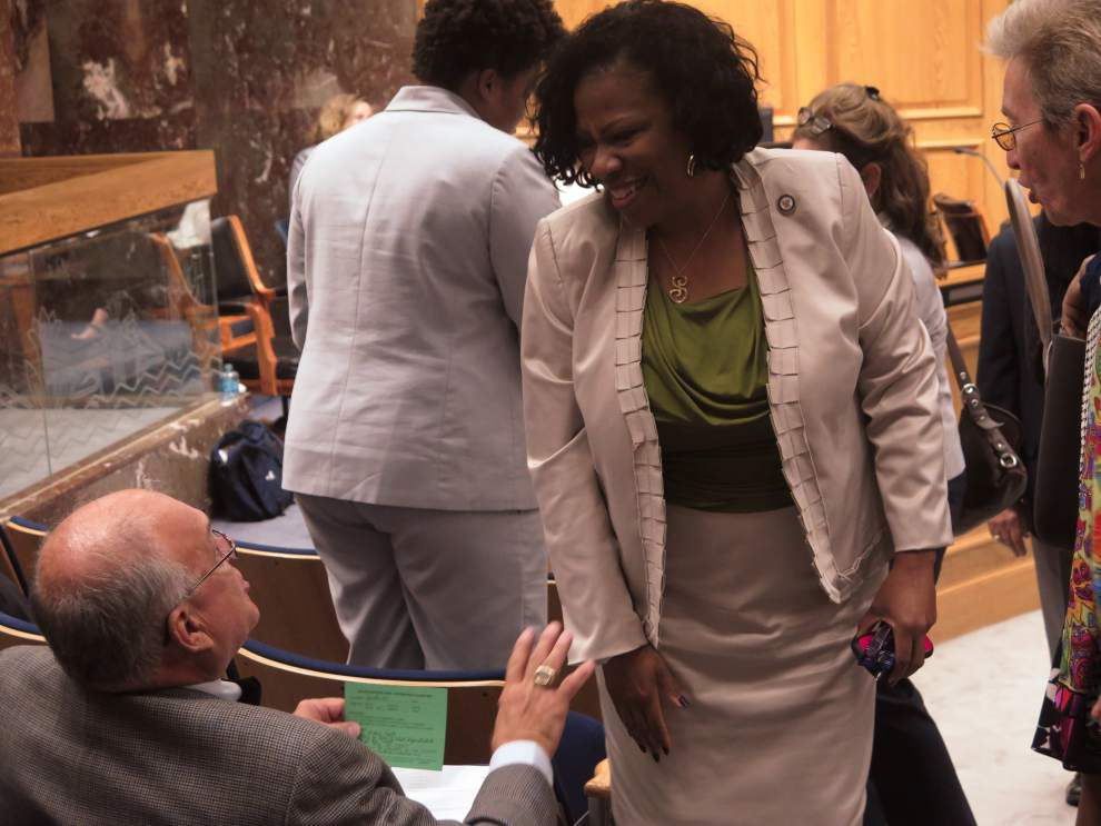 Bill that would curb suspensions of youngest public school students clears Senate committee _lowres