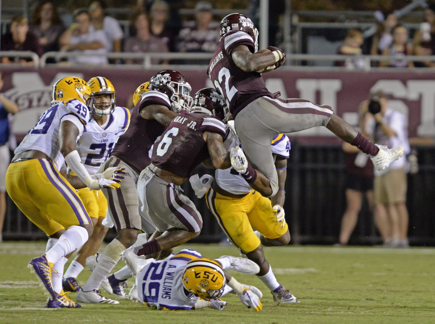 LSU's Orgeron: RB Guice will not play vs. Syracuse