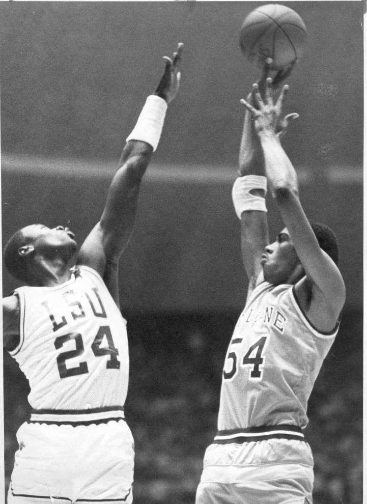 John 'Hot Rod' Williams, former Tulane, NBA player, dies of cancer at age 53 _lowres