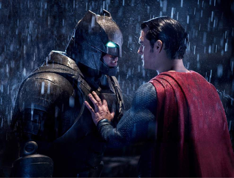 Review: Worlds collide in 'Batman v Superman' _lowres