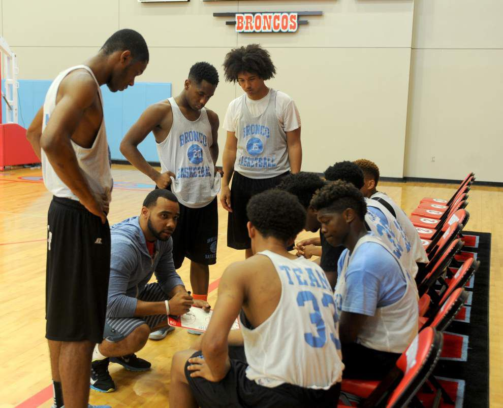 Zachary teams on summer basketball roll _lowres