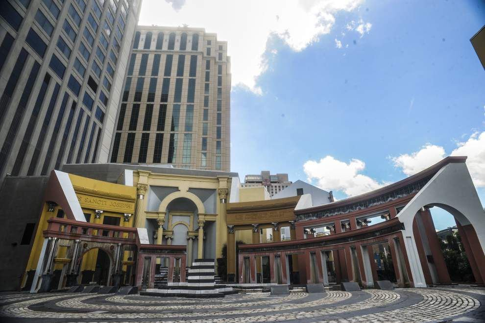 New retail? Another hotel? Five out-of-town groups present ideas for redeveloping New Orleans' Piazza d'Italia _lowres