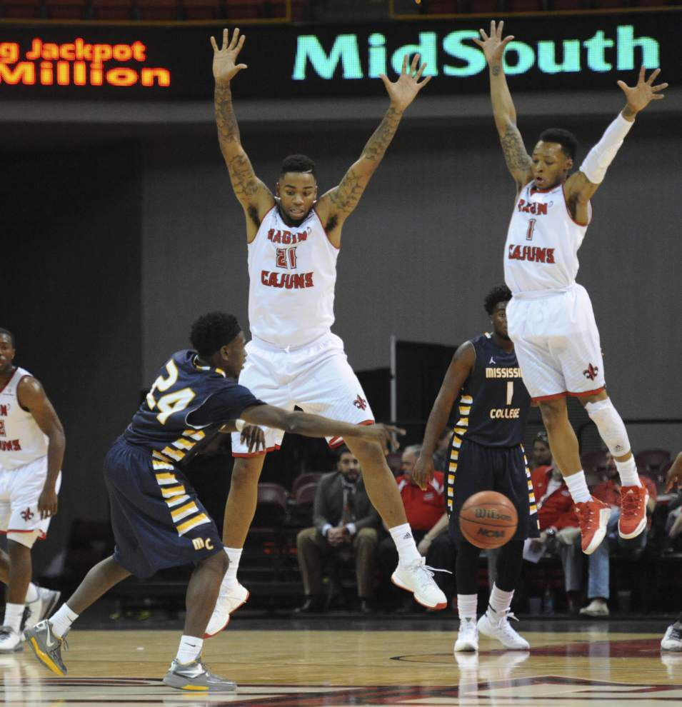 High-scoring Cajuns men's basketball team turns focus to defense _lowres