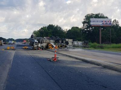 I-10 closed between Baton Rouge and Lafayette after 18-wheeler