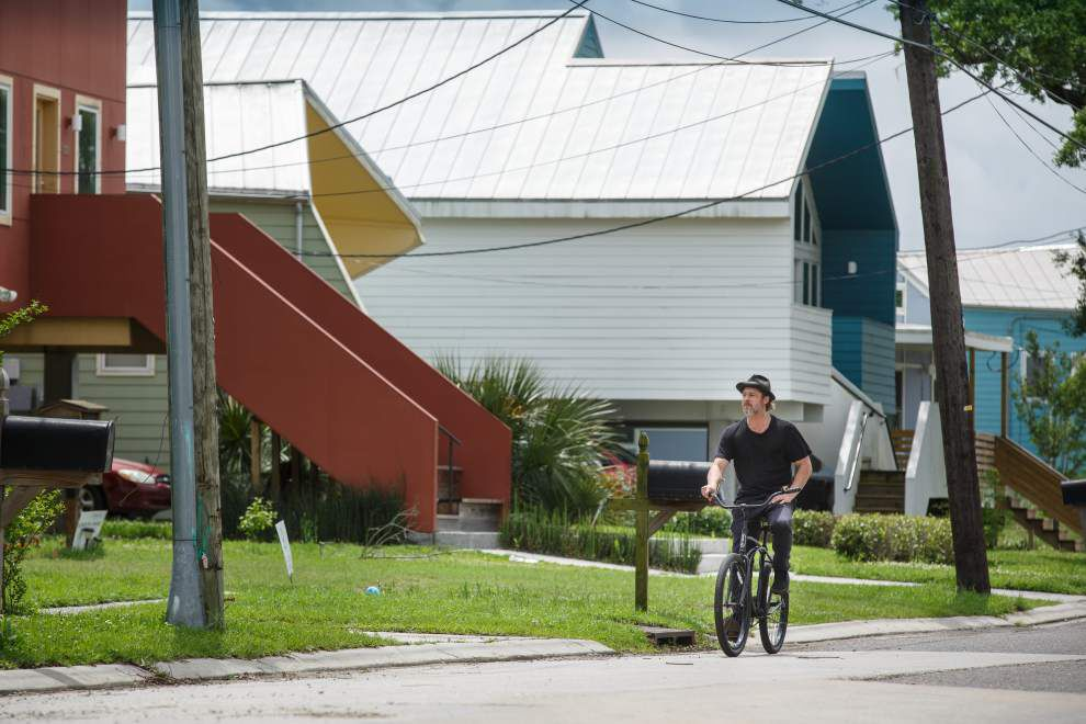Brad Pitt sees his Lower 9th Ward homebuilding efforts as a model for other areas _lowres
