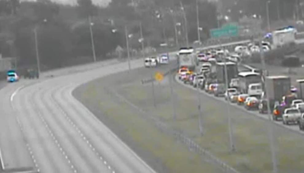 Woman's body found in multiple pieces on I-10 in Metairie on Wednesday morning _lowres