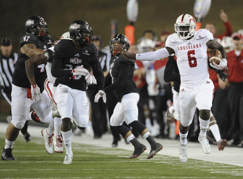 Cajuns opt for two-quarterback approach, will play both Jalen Nixon and Brooks Haack _lowres