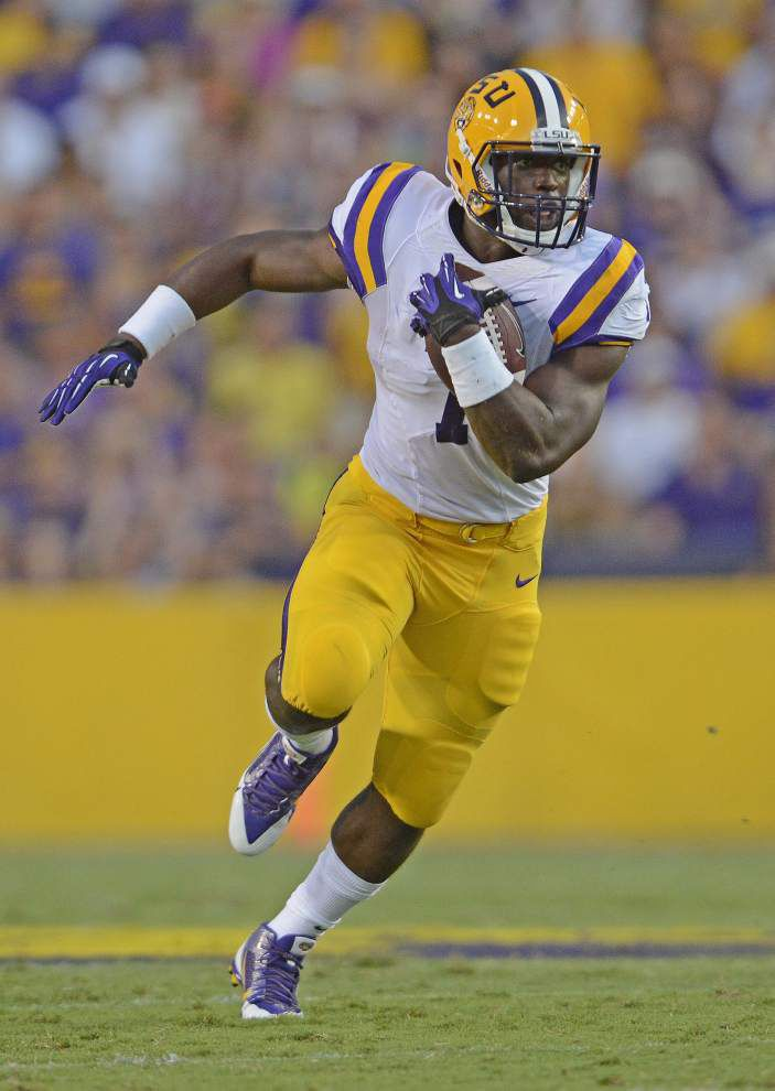 LSU football tidbits for Sept. 9 _lowres