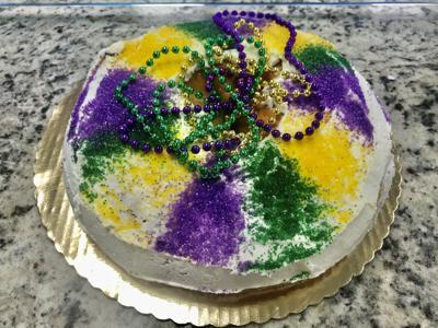 king cake cheese cake 3