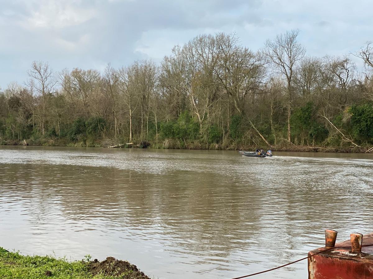 Search for missing boater on Bayou Sorrel (2)
