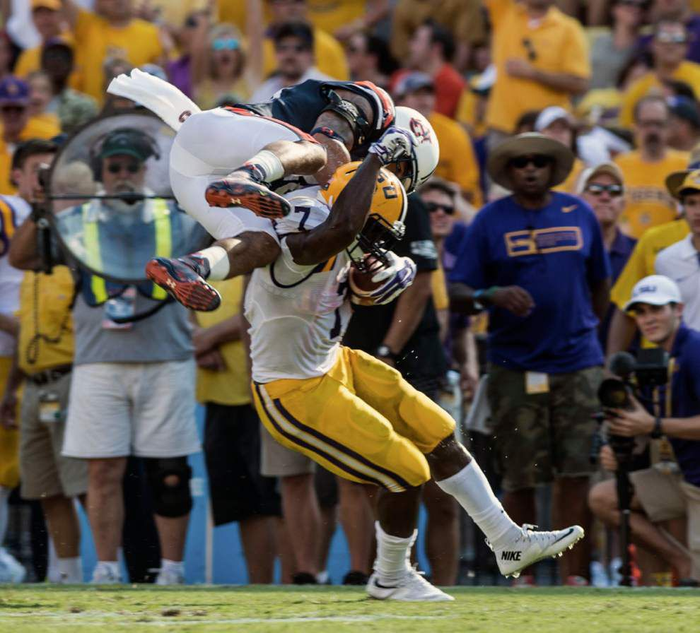 LSU bowl projections on the rise after blowout win over Auburn _lowres