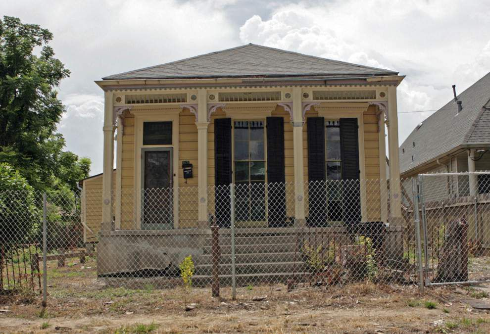 Demolition likely for Civil War-era house on Soniat Street in New Orleans _lowres